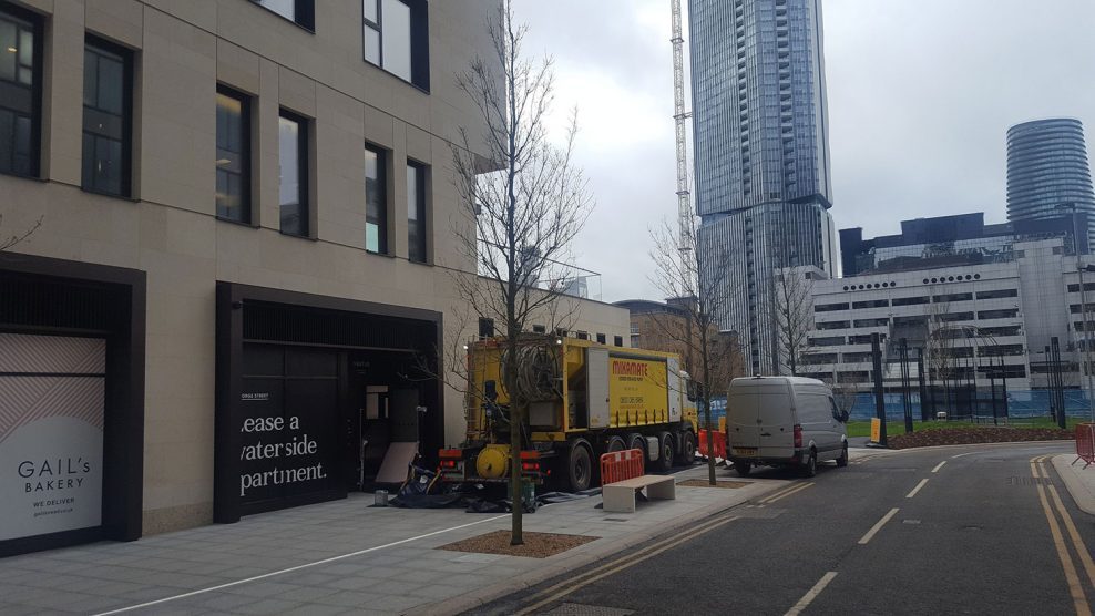 Mixamate Dry screed delivery to Canary Wharf